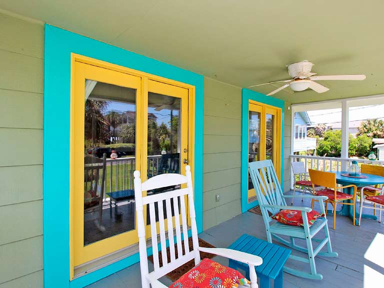 RElax on front porch beach rental